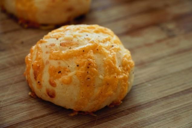 Cheddar Cheese Buns
